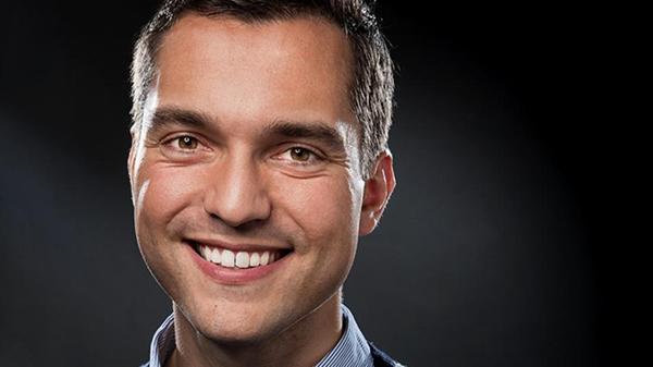 Nathan Blecharzyk, Co-fundador De Airbnb Entrevistado En Mashable