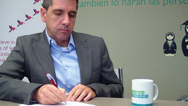 Entrevista A Ricardo Torrecilla, Director De RR.HH. De Pearson