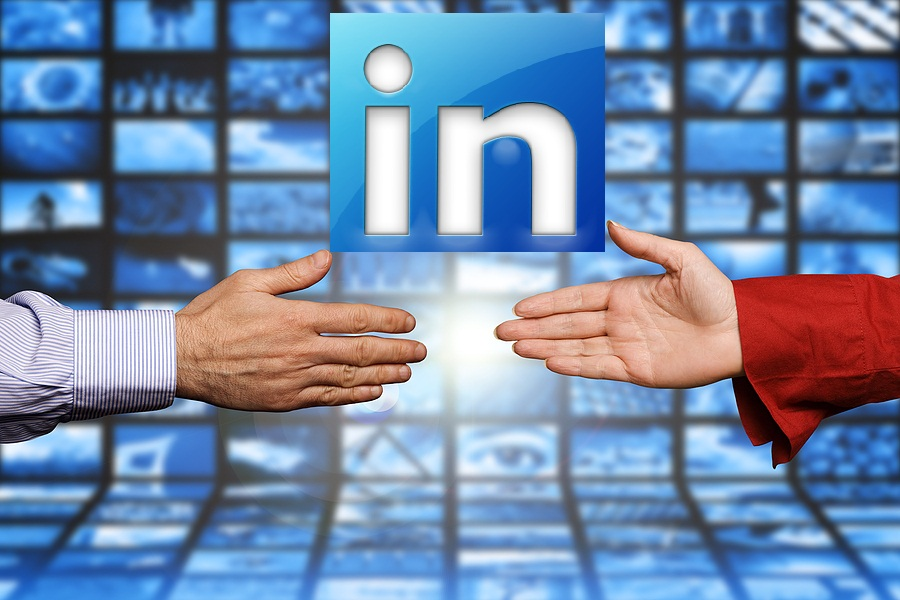Get Hired Fast LinkedIn Job Search Hands